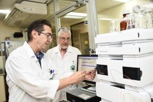 Científicos en el ICP de la UCR crean antídoto experimental contra el veneno de serpiente africana mamba