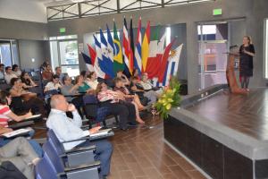 """conferencia magistral: """"Sistemas de información regionales (Latindex, Redalyc y SciELO) en el contexto de la investigación científica de impacto global."""""""
