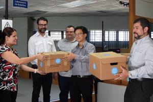 UCR entregó los primeros 90 protectores faciales a hospitales de Caja