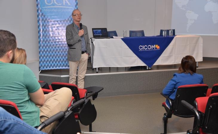 foro La migración en las ciencias: experiencias de movilidad humana en la comunidad científica