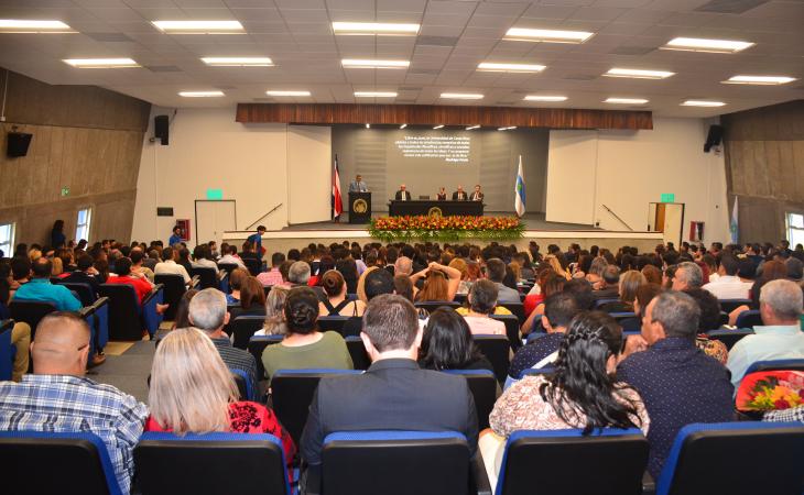 UCR graduación extraordinaria febrero 2020