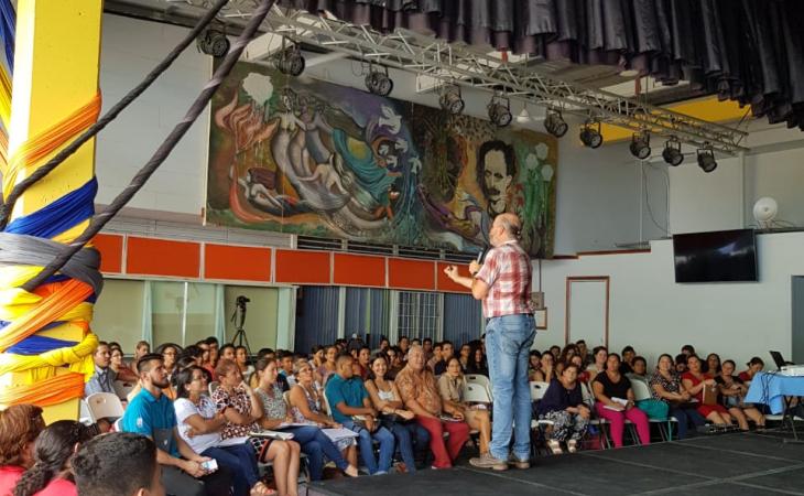 Charla de formulación y gestión académica de la investigación Jaime Fornaguera